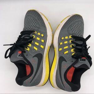 Nike Zoom Vomero 11 Women's Size 7.5